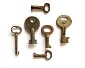 6 Vintage keys Old skeleton keys Antique keys Skelton key Skeleton key collection Small skeleton keys Little old keys Bit keys # 7