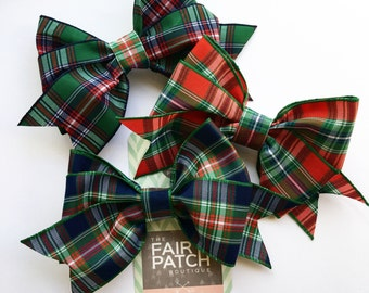 Plaid hair bows, back to school bows, holiday fashion for kids, holiday hair bows, kids gift, hair bows for girls, toddler gift, hair bows