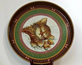 1993 Metal Kitten Tray / Vintage Metal Tray with Sleeping Kitten & Teddy Bear / Vintage Giordano Tray / Round Metal Serving Tray with Cat
