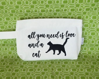 Mini cell phone zipper pouch. Novelty cat makeup bag, cosmetic bag, purse organizer, storing children's small favorite items, Love, KDB805