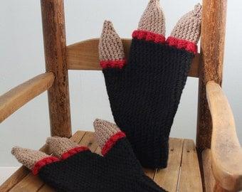 Monster Gloves, Crochet Gloves, Mittens, Syfy, Halloween Costume, Three Fingered Gloves, Men, Women, Boys, Girls, Winter, Gift, Holidays