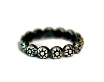 Vintage Style Sterling Silver Band, Unique Oxidized Silver Stacking Ring, Goth Style Ring
