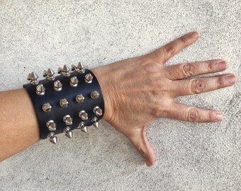 Vintage thrash metal spiked leather bracelet, vintage heavy metal studded cuff, gothic bracelet, studded bracelet motorcycle gift, punk rock