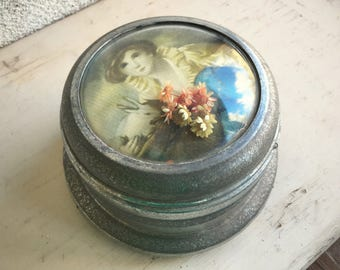Vintage working powder music box with bubble glass and dried flowers, music powder box, Victorian bedroom decor, compact make up metal box