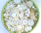 Button Lot, White, Mixed Plastic, 970+, 1 pound+, Sets, Singles, Vintage