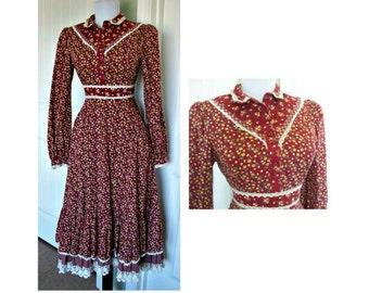 Vintage Gunnies dress, vinage hippie, boho,peasant,prairie, dress, vintage dress.