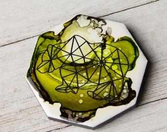 Alcohol Ink magnet - Ceramic tile art - Bear decor - Bear magnet - Nature decor - Woodland decor - Miniature art - Gift for mom - Modern