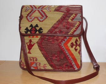 "Kilim Messenger Bag Crossbody 14 x 13 x 2.5"""