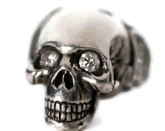 Diamond eye Silver Skull Ring / Another Day Above Dirt / Memento Mori (Solid Sterling Silver)