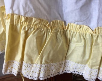 Yellow and White Cotton Sateen Vintage Apron