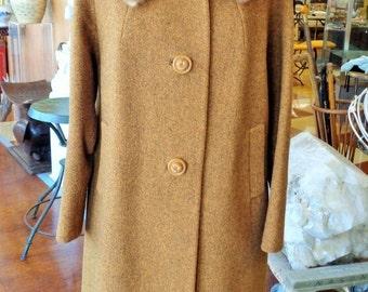HOLIDAY SALE Vintage 1960's Elegant Rust Brown Winter Wool Tweed Coat Ricemor