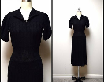 VINTAGE 30s/40s Classic Black Wool Blend Handknit Handmade Fitted Dress Size XS