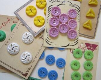 7 cards vintage buttons - colorful plastic buttons, floral and more - vintage notions, vintage buttons, carded buttons