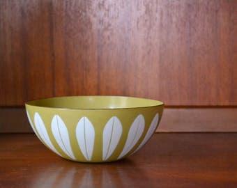 """vintage midcentury modern enamel 7"""" cathrineholm lotus bowl / grete prytz kittelsen / scandinavian home decor"""