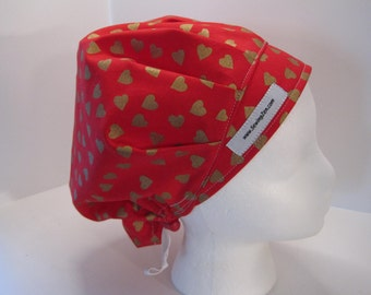 Red Bouffant Scrub Hat with Golden Hearts, OR scrub hat, medical cap, nurse hat, scrub hat, red_w_goldhearts2017