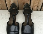 Jennie Black T Strap  Shoes Size 8 W UNDER 20