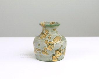 Fantoni Italy Signed Green Yellow Crackle Spot Glaze Small Ceramic Vase