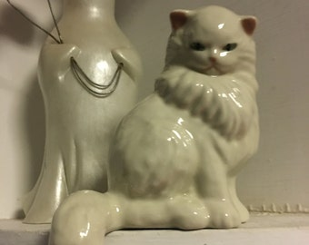 Vintage ceramic cat figurine ceramic arts studio