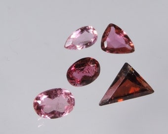 3 cts hot pink tourmaline mixed brazil