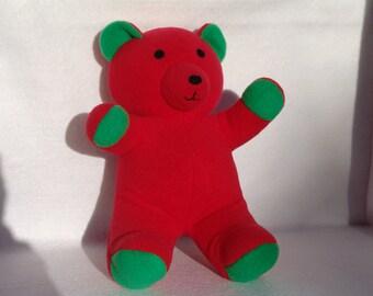 Red/green teddybear