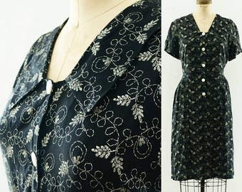 Vintage 1940's Rayon Top Stitch Print Dress