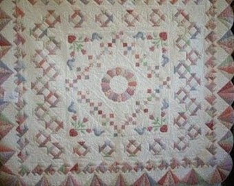 Damn Norma Quilt - Applique, Nine Patch, Scallop Edging, 30's Fabric
