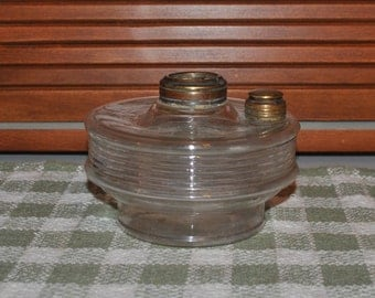Antique Oil Lamp Font Ribbed Pattern