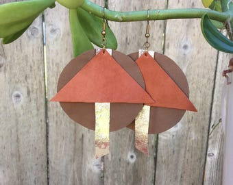 Lightweight large handcut leather earrings (peanut, light gold and yam)