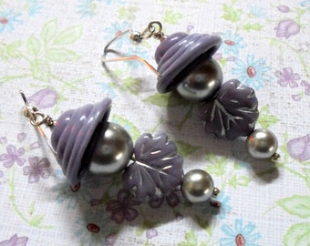 Lavender and Silver Pearl and Leaf Earrings (3285)
