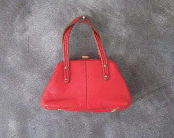 60s Small Cherry Red Graned Leather Doctors Evening Top Handle Handbag w/feet