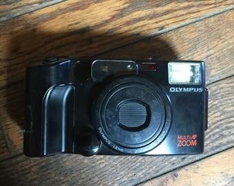 Vintage Olympus Multi Zoom Infinity 200 Camera