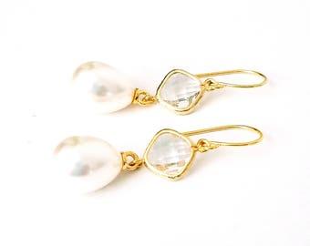 Pearl bridal earrings Diamond and pearl earrings Pearl drop earrings Bridal pearl teardrop earrings Pearl earrings Pearl dangle earrings