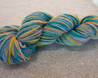 Hand dyed worsted weight naturally processed merino/rambouillet, wool diapering, non super wash, feltable wool