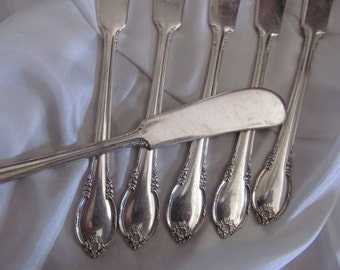 Knives - Remembrance Pattern - Set of 6 Silver Plate Spreader Knives