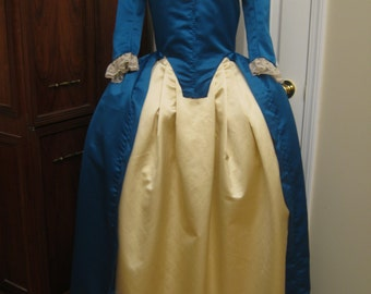 Colonial Gown size 10