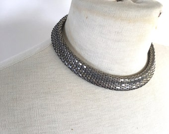 silver snake skin choker silver short chain serpentine mesh necklace 70s vintage jewelry