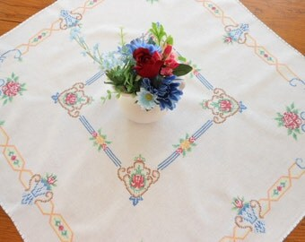 Pretty Hand Embroidered Vintage Table Topper Small Tablecloth