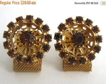 SPRING SALE Vintage 60s Large Gold Tone & Rhinestone Jeweled Fashion Cufflinks