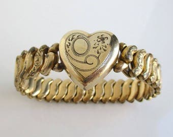 Antique Gold Heart Sweetheart Bracelet - Vintage Co-Star Made in USA Stretch Bracelet
