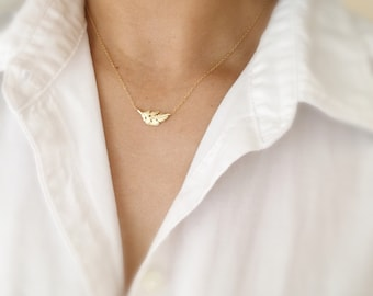 Small Feather Necklace-Sideways Feather Necklace-Tiny Feather Necklace-Feather Charm Necklace-Gold Feather Necklace-Momentusny