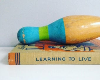 Learning to Live by Lora E. Clement Vintage Book - illustrated.