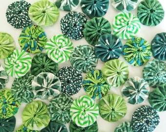 40 Assorted Green Prints 1 inch  Fabric Miniature Yo Yos Applique Quilt Pieces Scrapbooking Embellishments