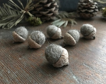 Felted wool acorns, set of 6, Grey-Brown, neutral home accent, autumn wedding decor, natural wedding favor, woodland home decor, grey acorns