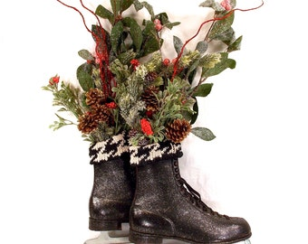 Mens Black Leather Ice Skates, Christmas, Holiday Centerpiece, Decoration, Farmhouse, Cottage Cabin Decor, Wreath, French Nordic Decor