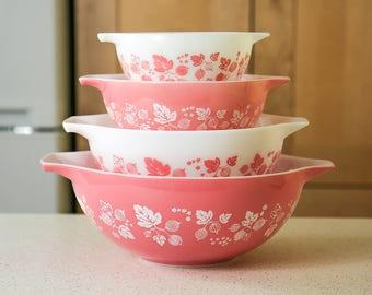 1950s Pink Pyrex Gooseberry Nesting Bowls, Cinderella Mixing Bowls, Batter Bowls