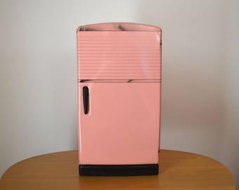 Wolverine / Marx Metal Toy Pink Refridgerator