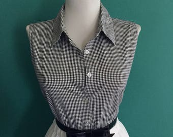 Sexy Vintage Western Style Cotton Black Gingham Plaid 1960s 1980s Button Down Sleeveless Blouse