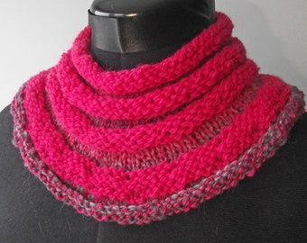 Merino Cowl, Handspun Knitted Neck Warmer, Artisan Handspun Knitted Buff, Reversible Pink Knit Cowl, Pink Infinity Scarf, Gift for Her