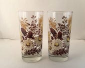 Water Glasses, Wheat/White Daisy, Wildflower, Tumblers, Glasses, Flowers, Vintage, Glassware, Set of two 2,  Pair