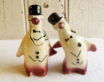 Vintage Tuxedo Penguin Salt and Pepper Shakers - Evening Dress and Monocle - Mid-Century 1950s - Winter Decor
